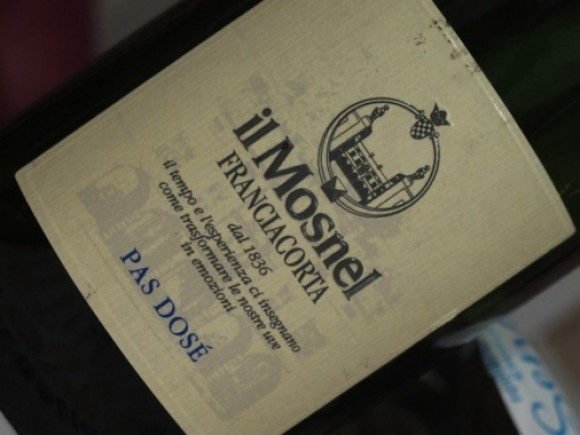 Label showing Il Mosnel pas dose Franciacorta wine