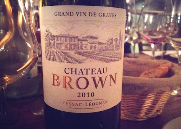 Close up of label of Chateau Brown 2010 white Bordeaux